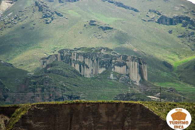 Castillos de Callalli - Cañón del Colca