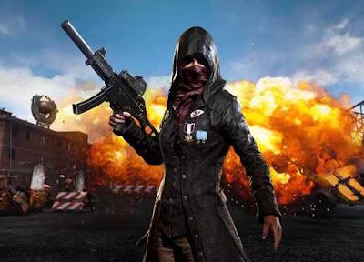صور بابجى موبايل ، شخصية أنثي مع سلاح UMP