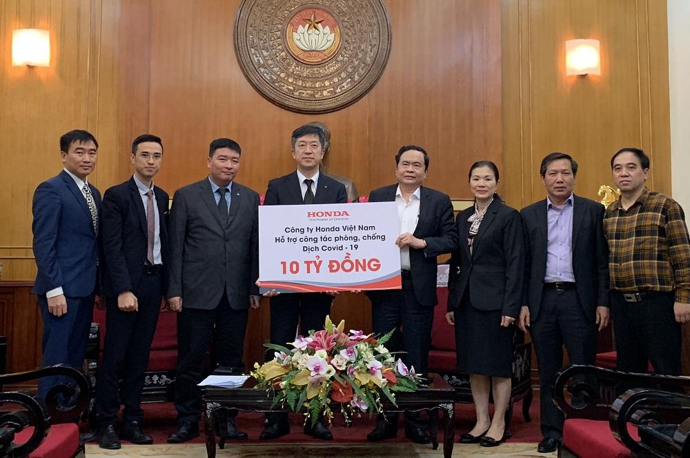 Honda ủng hộ 10 tỷ đồng góp sức đẩy lùi dịch Covid-19