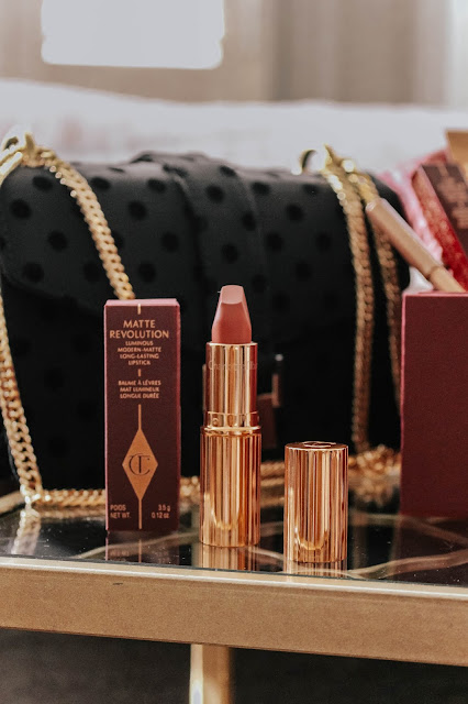 Charlotte Tilbury Matte Revolution Pillow Talk Lipstick blog review