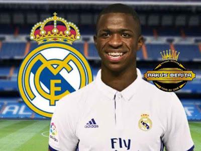 Vinicius Resmi Ke Real Madrid Dengan Julukan Pemain Muda Termahal Di Dunia