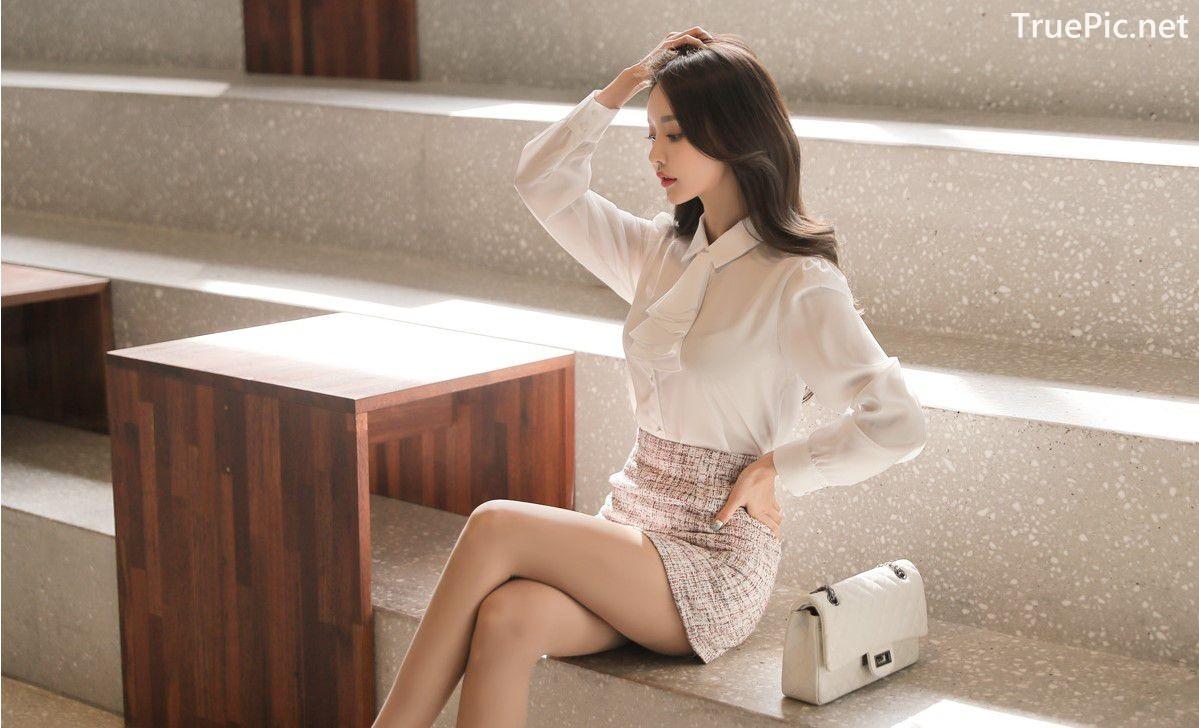 Image-Hot-Korean-Fashion-Model-Son-Yoon-Joo-She-So-Lovely-With-Miniskirt-TruePic.net- Picture-6