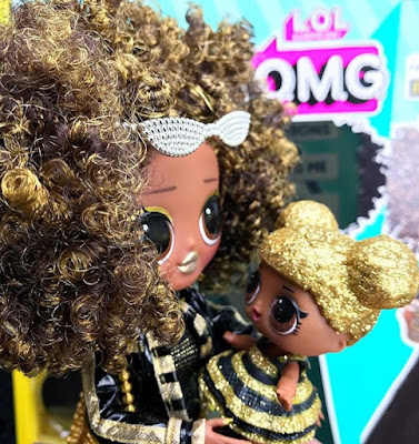 Royal Bee with Queen Bee L.O.L. O.M.G. dolls 2019