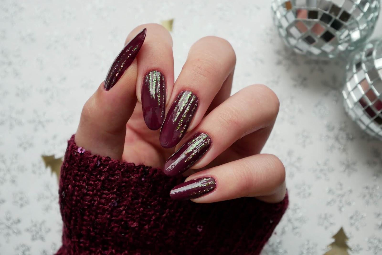 eleganckie paznokcie bordowe