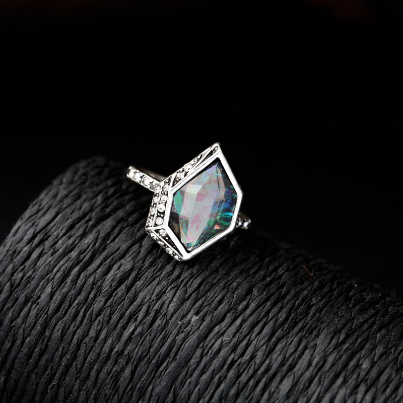 Chloe And Isabel Alpenglow Ring