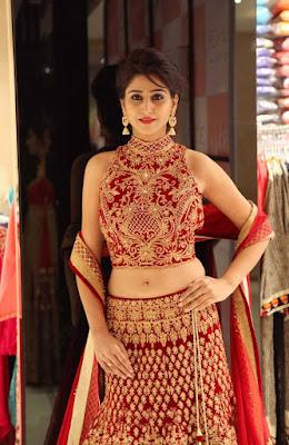 Shamili Navel Show photos