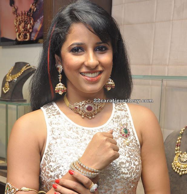 Shravya in Diamond Choker