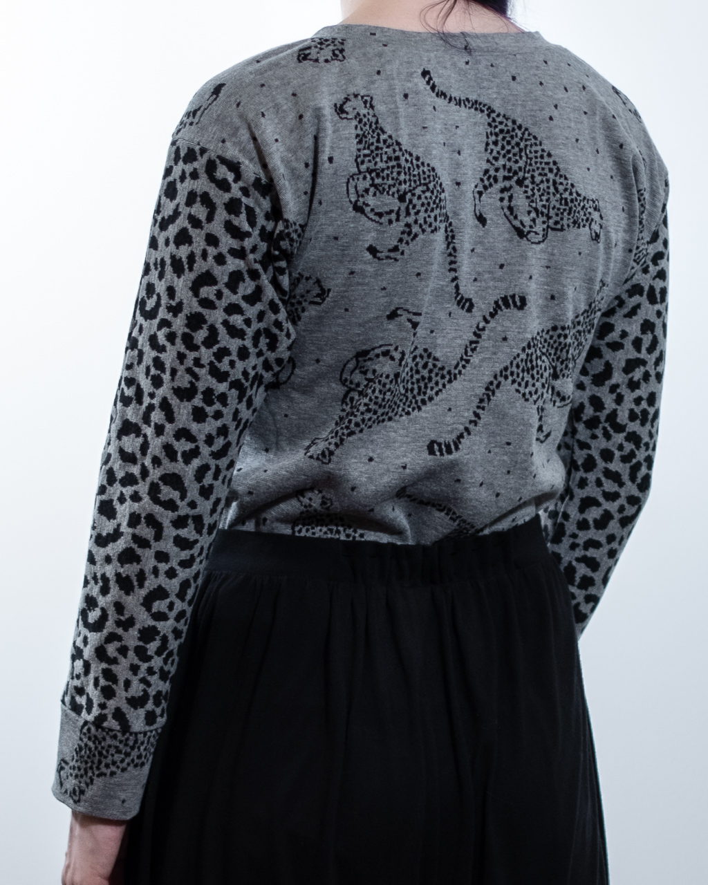 cheetah fabric sweatshirt selfdrafted modified sewing pattern Minn's Things back without yolk