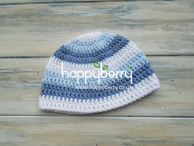 e4fe57f5f9f How to crochet a newborn baby boy stripey beanie - Product review Deramores  baby yarn