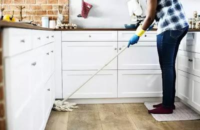 Housekeeper works (salary $550 - $750 every week )