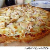 http://inaisst.blogspot.de/2013/04/huhnchen-pizza-mit-thymian-und-rosmarin.html