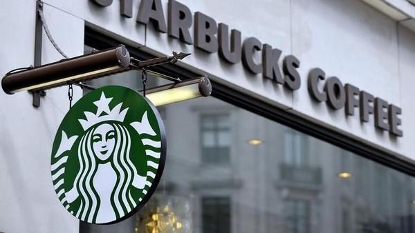 Pegawai Starbucks yang Intip Anunya Pelanggan Akhirnya Diburu Polisi