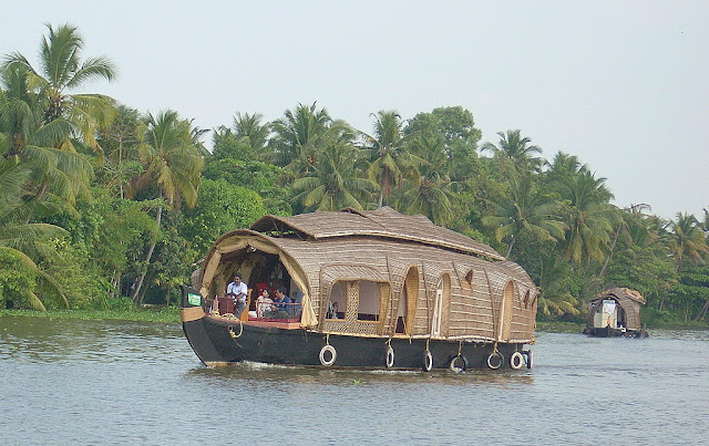Kerela Tour Package