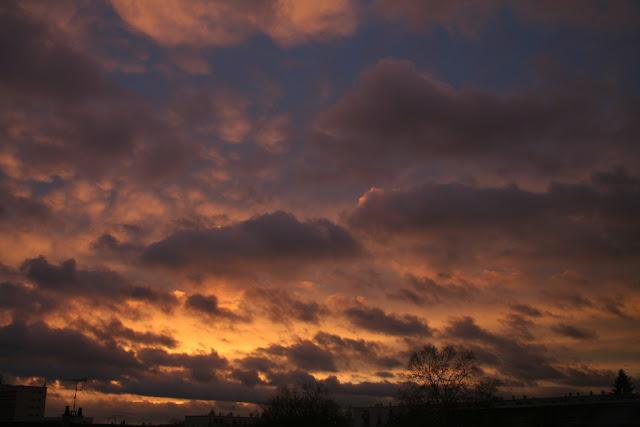 Embrasement du ciel au coucher du soleil Février 2007