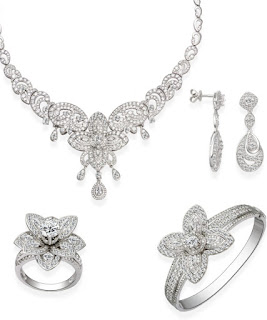 Bộ trang sức cưới bằng kim cương tự nhiên