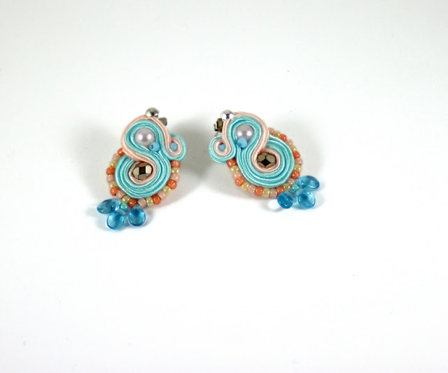 pastels earrings, small soutache earrings, handmade jewelry, colourful earrings,