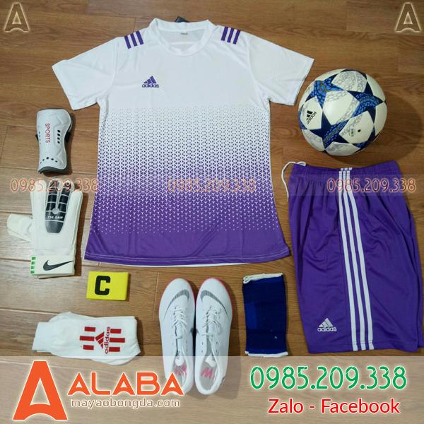 Áo bóng đá màu tím trắng đẹp mắt