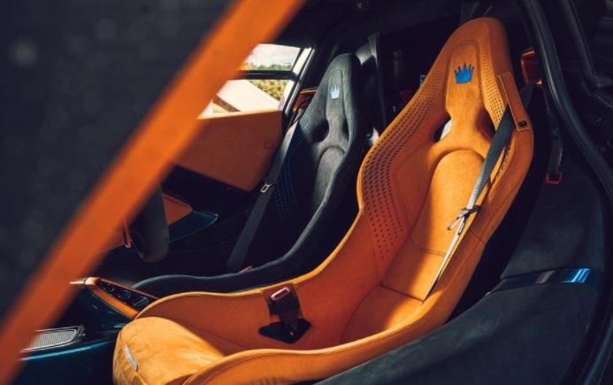 Tempat duduk McLaren Sabre