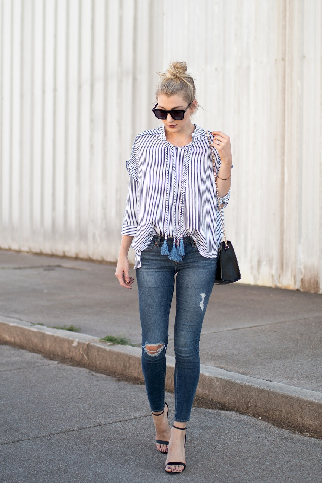 Stripe top with distresed skinny jeans