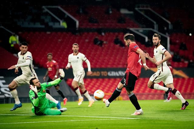 Man United star Bruno Fernandes against Roma