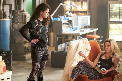 Orphan Black 4x10 From Dancing Mice to Psycopaths, season finale review
