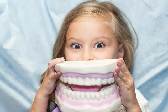 تسوس الأسنان اللبنية متى يجب علينا القلق.