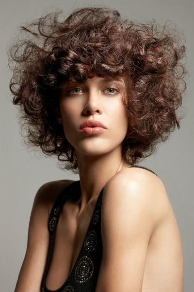 Las mejores variaciones de peinados pelo corto rizado Fotos de tutoriales de color de pelo - Peinados y Tendencias de Moda: Cortes de pelo corto con rizos