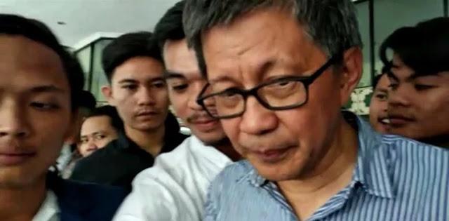 "Rocky Gerung Ungkap Dampak dari ""Politik Genderuwo"" Jokowi"