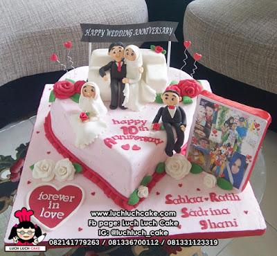 Kue Tart Love Anniversary Fondant