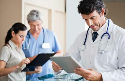 Médicos especialistas