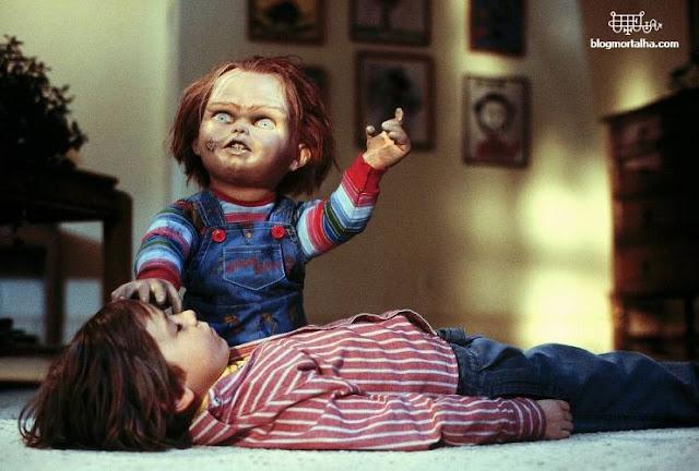 Cena do filme Brinquedo Assassino, de 1988.