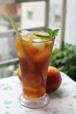 Tea-from-Kumquat-Leaves