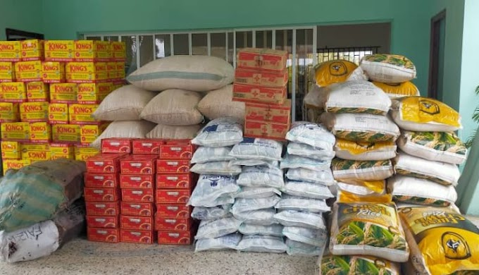 BREAKING: Nigerian Govt. Exposed As Covid-19 Relief Materials Found Hidden In Warehouses, Denied from Starving Citizens (Watch Video)