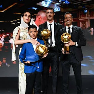 """it is an #honor to receive this #award again I have to thank everyone """", #spoke the #athlete at the time to accept the #award for #best #player. #CR7."""