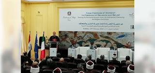 سفير الفاتيكان بمصر: حريّة الدين والمعتقد تمثّل أساسًا للسلام