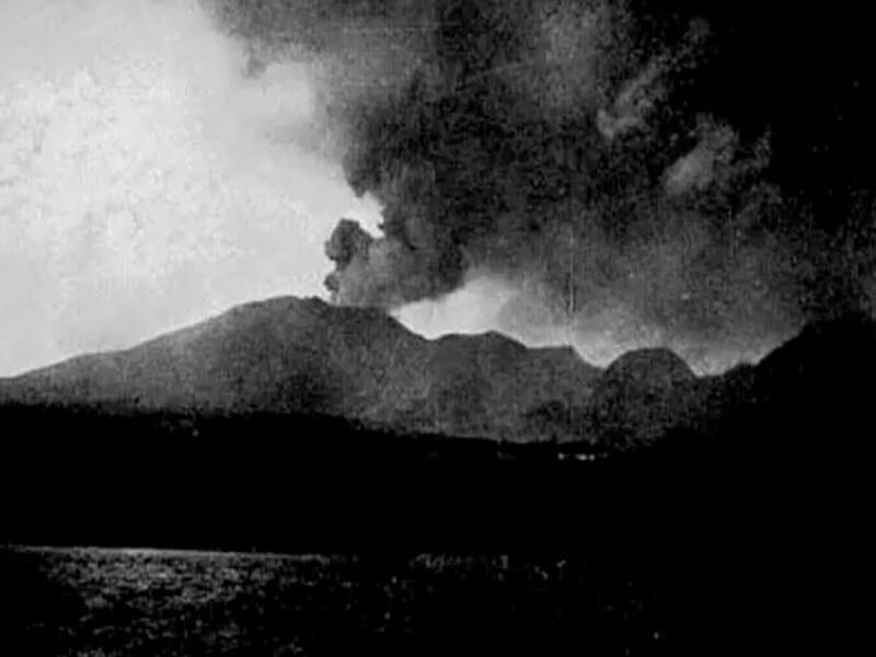Letusan Gunung Pelee 1902