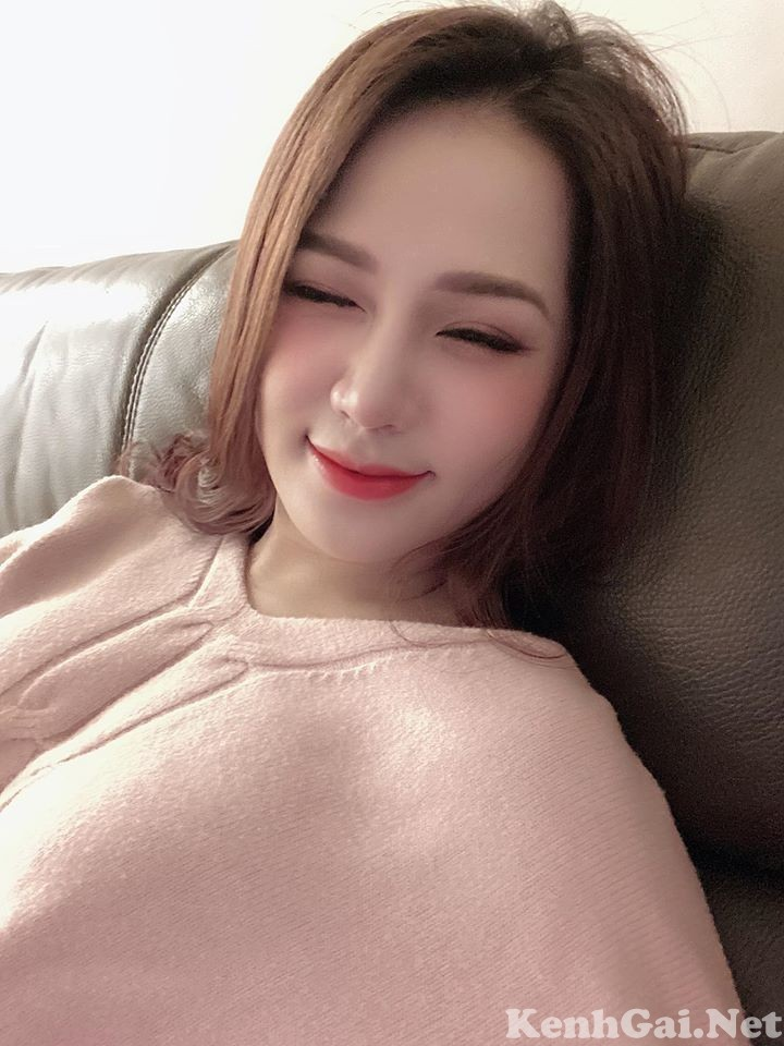 Model Lan Anh Nguyễn | E-CUP