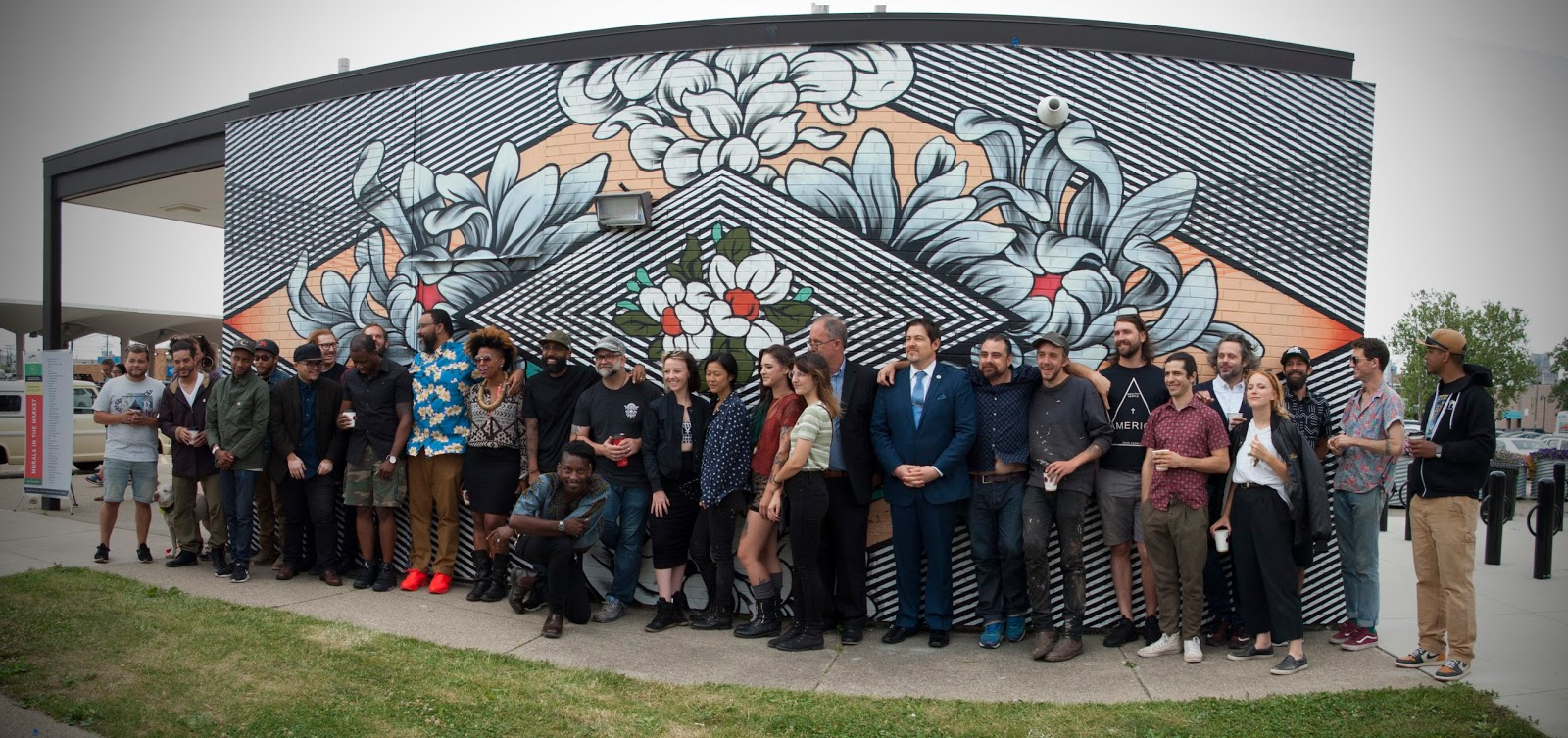 Motorcityblog photos murals in the market 2017 artist for Enjoy detroit mural