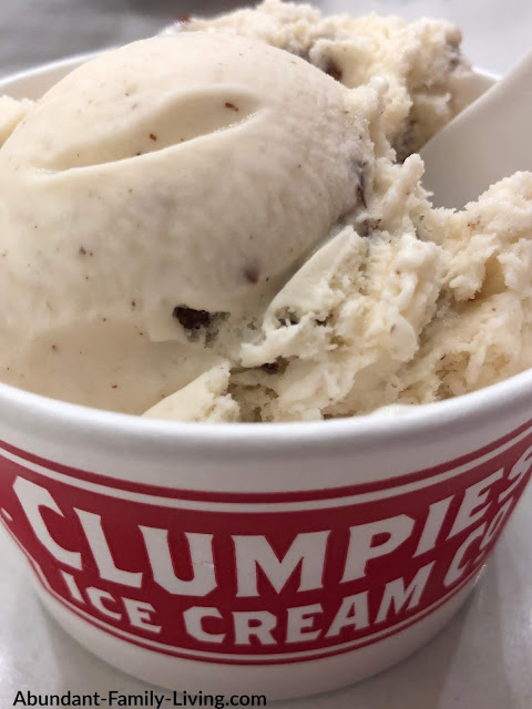 Clumpies Icecream Shop in Chattanooga, Tennessee