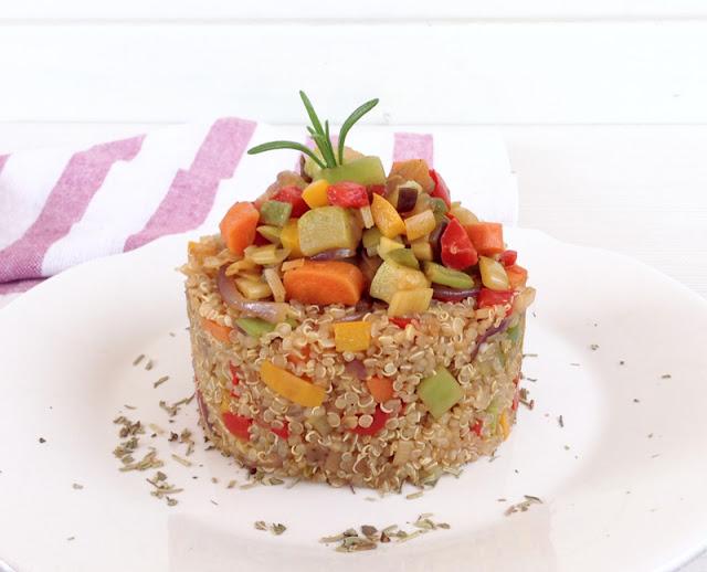 Hoy comemos sano quinoa con verduras y salsa de soja - Cocinar quinoa con verduras ...