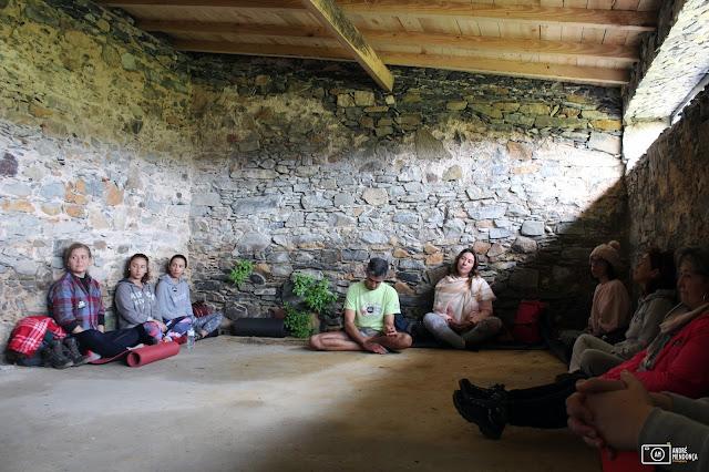 Meditação na Casa da Eira na Quinta do Pisão