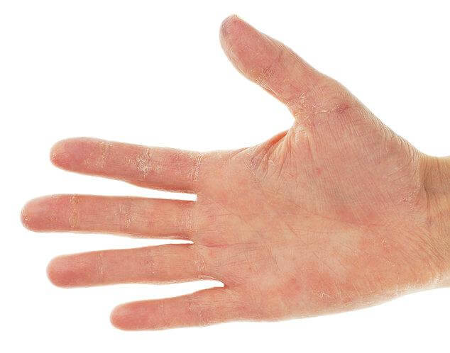 hands vitamins