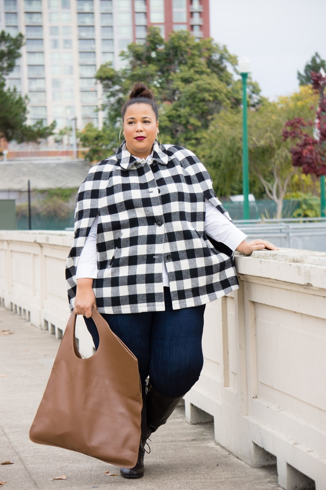 Plus size cape, plus size winter look