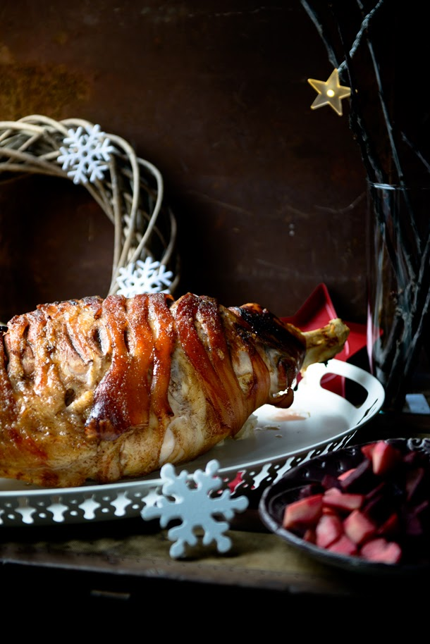 Cider & clove glazed ham with apple & beetroot salad – Christmas is coming