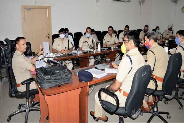 faridabad-criminal-list-provided-to-every-policemen-says-cp-op-singh