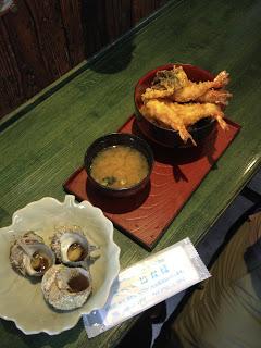 zuppa di miso, tempura e lumache