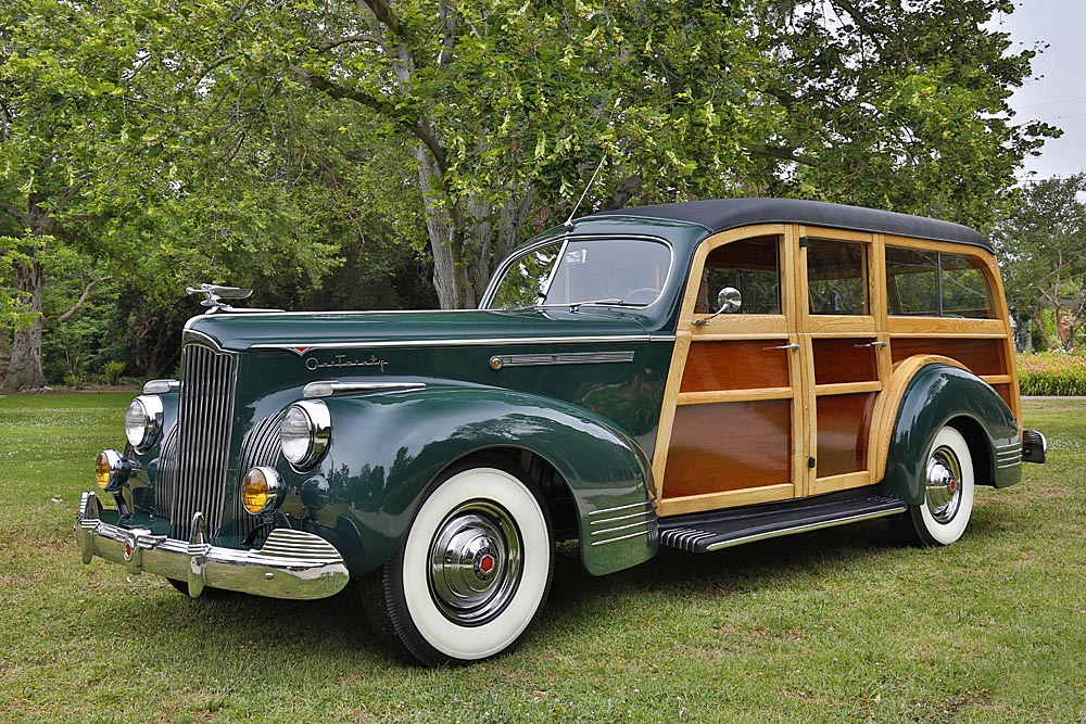 Packard Deluxe Station Wagon
