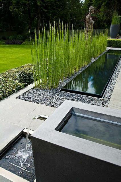 07. Desain taman minimalis dengan kolam