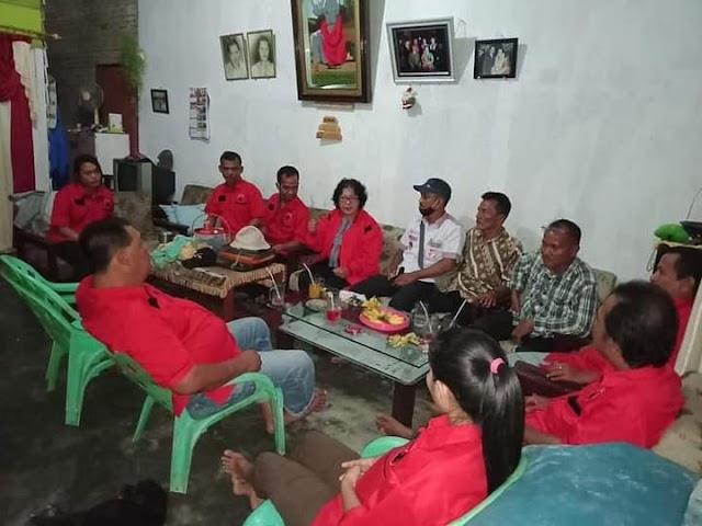 Kornas Bara JP (Barisan Relawan Jokowi Presiden) Bersama PAC PDI-Perjuangan Sibolga Sambas