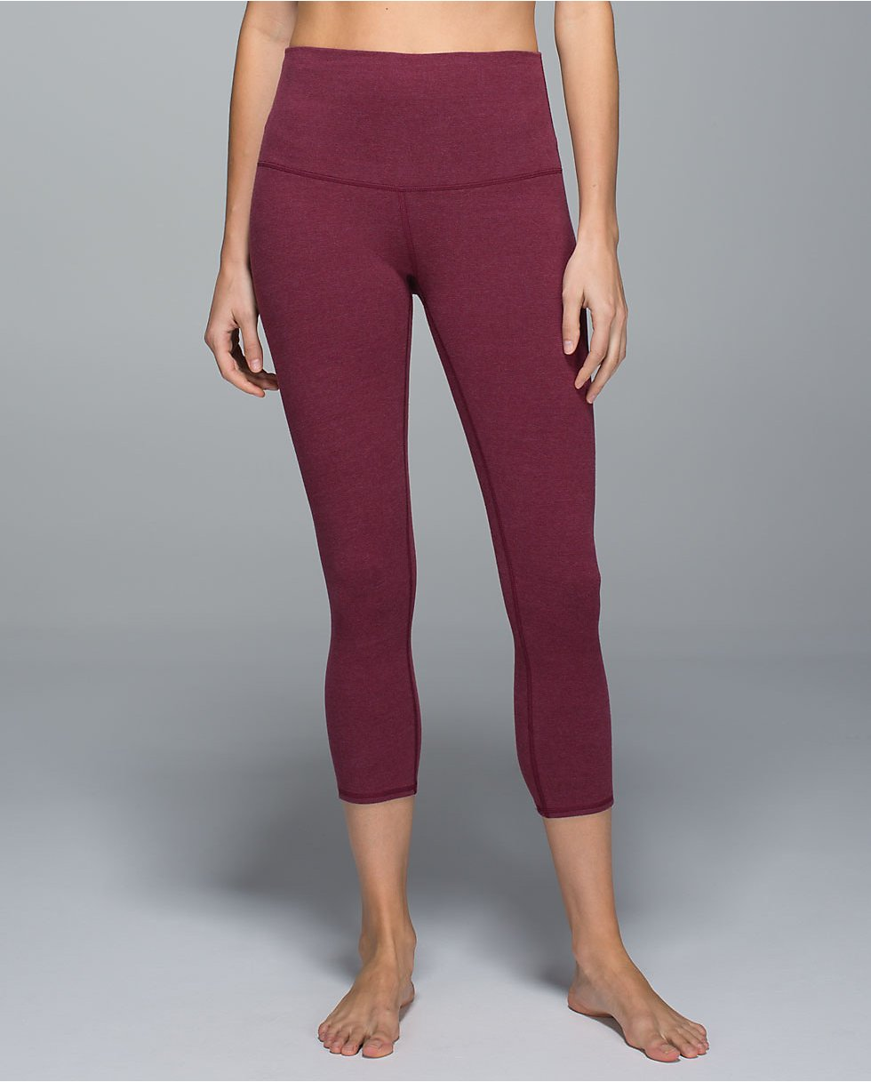 Lululemon roll down bumble berry wunder under crop